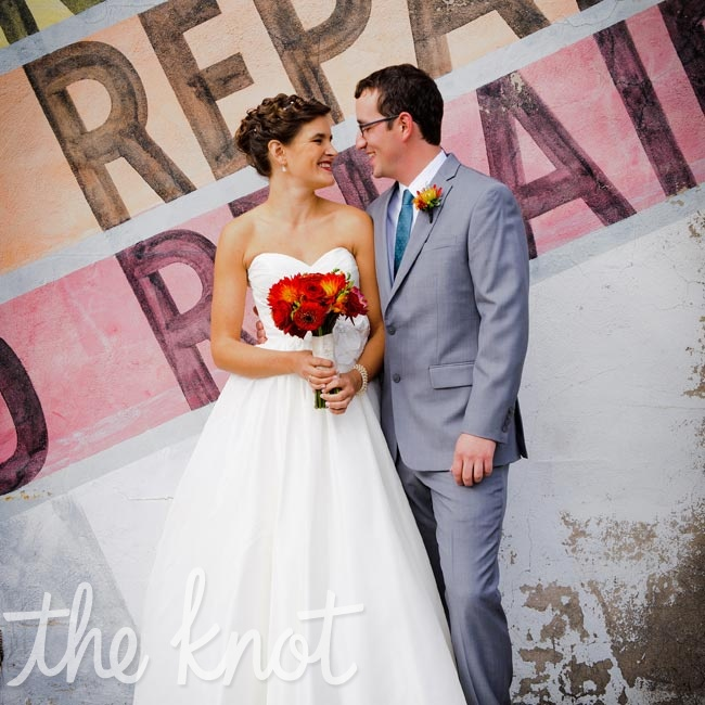 Gretchen & Nathan: A Modern Rustic Wedding in Minneapolis, MN