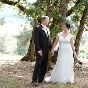 Stephanie & Nic in Hillsboro, Oregon