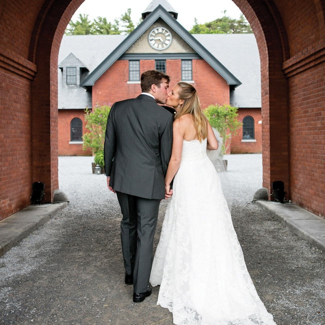 Vermont Wedding Flowers: A Shelburne Farms Wedding In Shelburne, Vermont