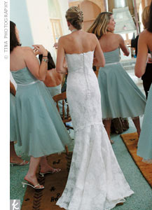 Clayton wore an Oscar de la Renta strapless gown covered in lace and with a fishtail hem.