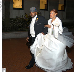 Tiffany wore an ivory strapless organza ball gown.