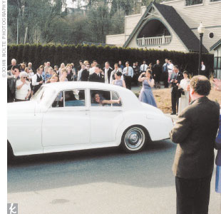 When it was time to go, Kristy and Alex were amazed to find a white Rolls-Royce waiting for them -- a surprise from the bride's father.