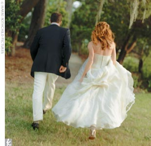 "Brays Island Plantation is extremely special to the couple, who would spend romantic weekends there while attending Duke University. ""It's sort of where we fell in love,"" Theresa says. ""And, it's just a gorgeous place, filled with wildlife!"" The pair hired a wedding coordinator and gave her these marching orders: Make the event feel laid-back and f ..."