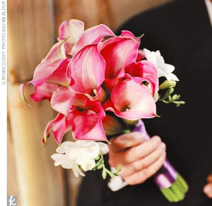 The bridesmaid bouquets contained mini calla lilies with shades of red and purple. Lara&#39;s mother put them together with flowers she bought in Seattle.