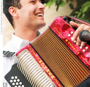 As music business professionals, the couple could not throw a party without live music, so local band Very Be Careful heated up the atmosphere with vallenato, a form of Afro-Caribbean, rhythm-based music originating in the northern coastal region of Colombia.