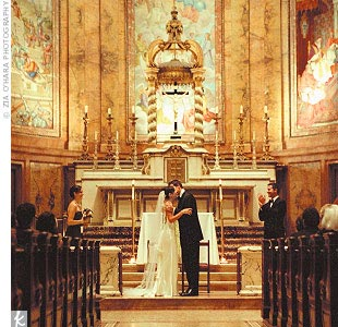 Sarah and Peter kept the decor simple for their Catholic ceremony in the grand space of the Church of St. Ignatius Loyola.