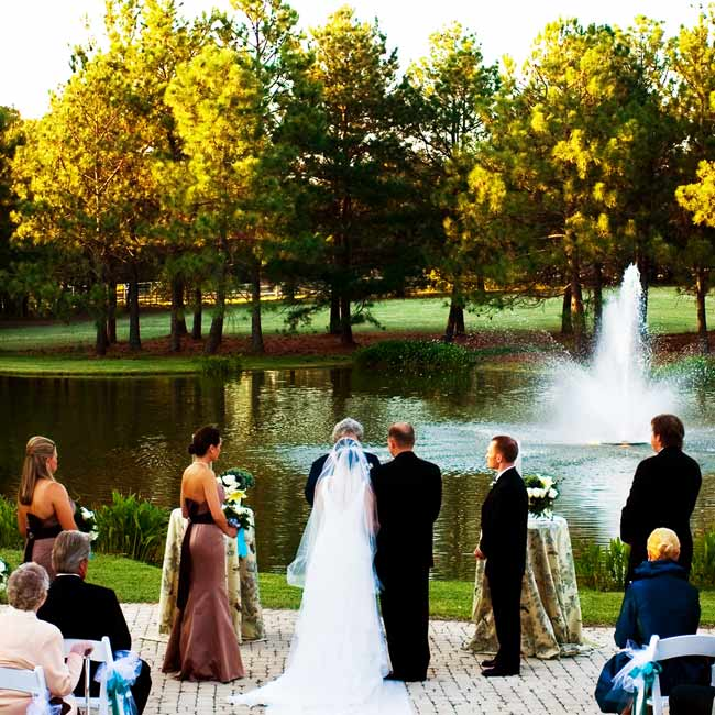 Delinah and David exchanged vows at sunset before a pond at the White Oaks Ranch, the same place where the couple had first met.