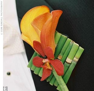 The groomsmen sported orchids, but Will's boutonniere was especially interesting as it was tied with a calla lily and placed on a small (and very artistic, of course) arrangement of bamboo.