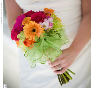 Flower Delivery Auckland on Gerbera Rose Bouquet