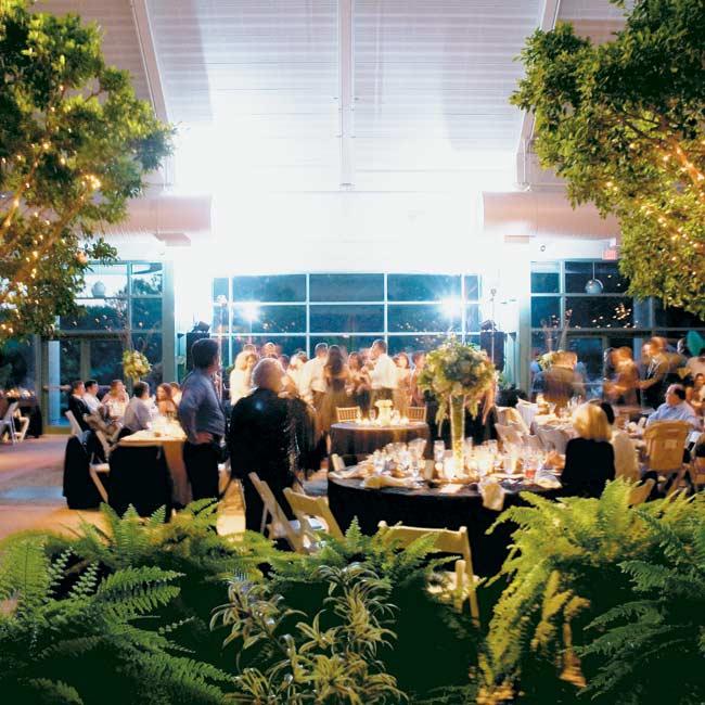 301 moved permanently - The atrium at meadowlark botanical gardens ...