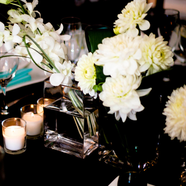 White chrysanthemum centerpiece