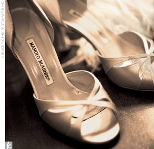 Wendy completed her wedding day look with a gorgeous pair of Manolo Blahniks.