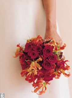 This bouquet is made of gloriosa lilies and Splendid Renata roses.