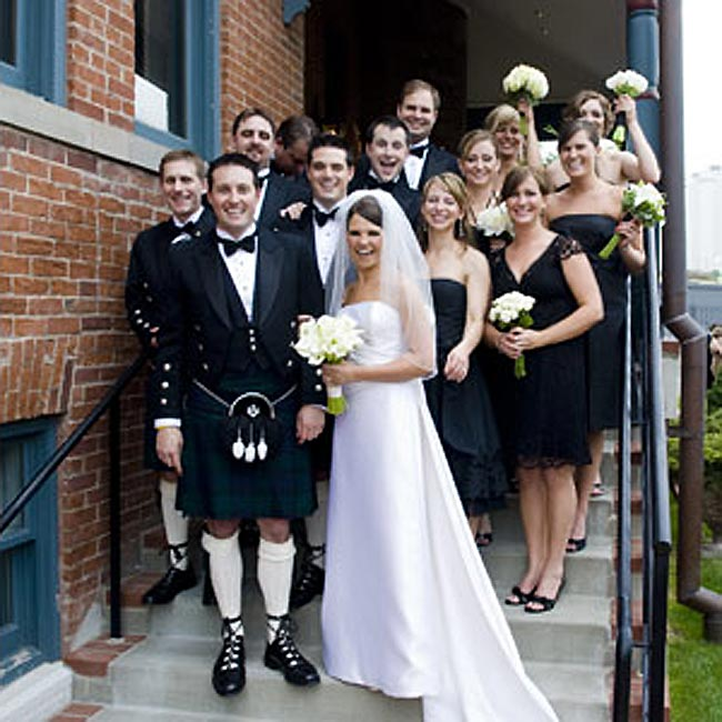 White Wedding Kilt: 301 Moved Permanently