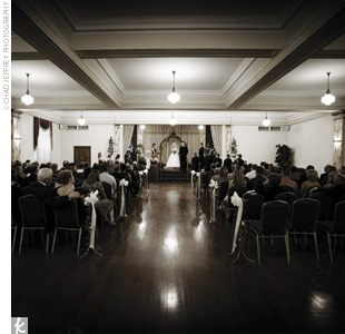 Jennifer and Brian chose to hold their ceremony and reception in the same room at the manor. As part of their ceremony, Jennifer asked a very dear friend of hers to recite a passage from 1 Corinthians.