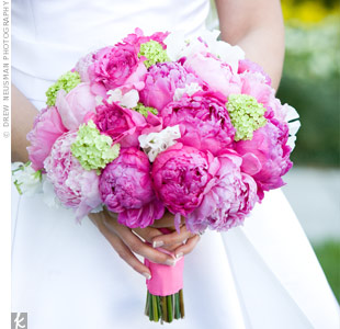 Michele carried a bouquet of pink peonies (her favorite bloom) tied with a pink ribbon.