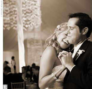 "Kasey and Jordan had their first dance to the Rascal Flatts hit ""God Bless the Broken Road."""