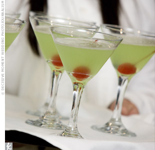 Green apple martinis perfectly matched the evening's color palette.