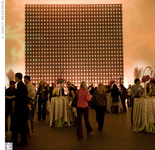 The museum provided ample space to get creative. Earth-toned light displays gave the scene an elegant feel.