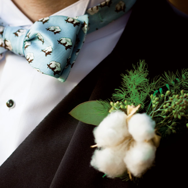 Instead of a conventional bloom, Chip and his groomsmen donned cotton boll boutonnieres, capturing the wedding's Southern style.