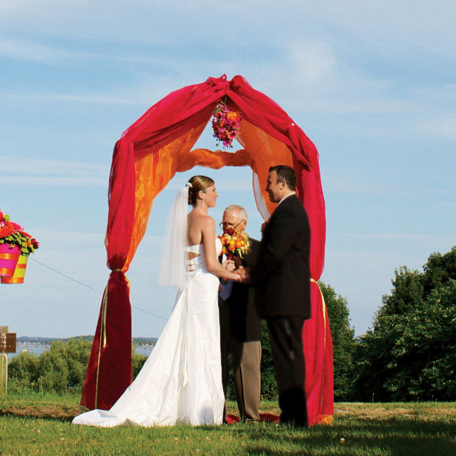 Red Wedding Arch Decoration Ideas: 301 Moved Permanently