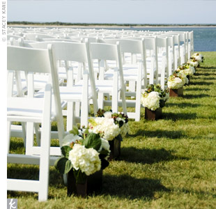 Eliza & Chris: An Outdoor Wedding in Nantucket, MA