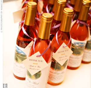 Guests were treated to small boxes of hazelnut chocolates, as well as bottles of wine from a local New Jersey winery.