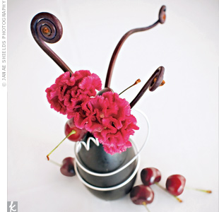 Small black bud 