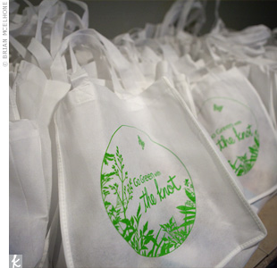 Guests took home reusable totes filled with a variety of eco-friendly products.
