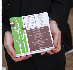 The programs reflected the couple's chocolate and green color scheme, while an edgy floral design and font added modern flair.