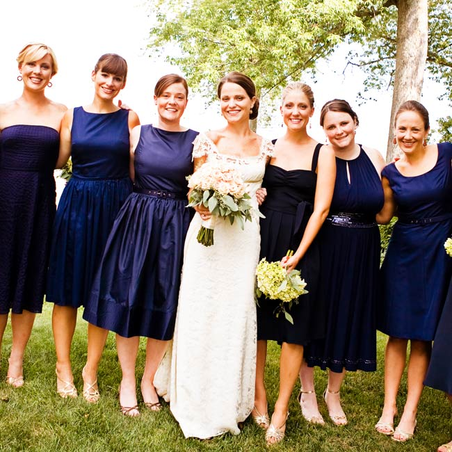 Green hydrangeas contrasted perfectly with the bridesmaids' navy dresses.