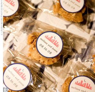 Melissa and Jason surprised guests with pralines in individual bags sealed with a skyline-printed sticker.