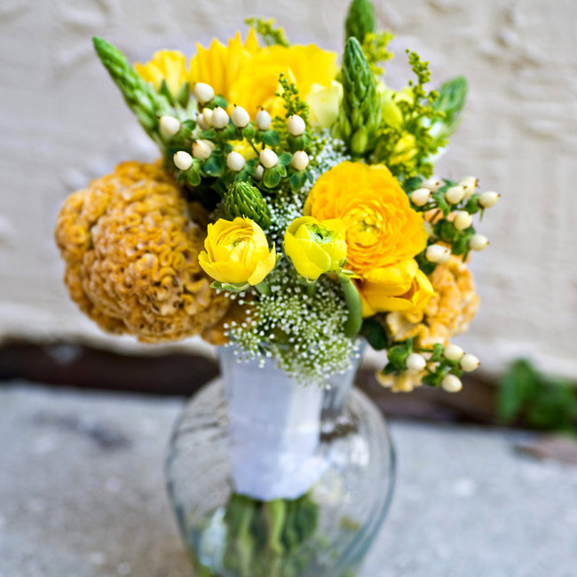 A family friend created Marissa's ranunculus and ornithogalum bouquet.
