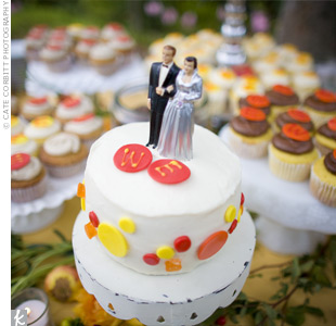 Instead of a wedding cake, Erika and Wayne ordered multiple desserts. In addition to cookies and fresh fruit, three different kinds of cupcakes were served: raspberry jam with brown butter icing; lemon curd with vanilla icing; and vanilla with chocolate icing.