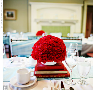 Vancouver; Rentals: Coveted Fasan Centerpieces: runners Rosalba  Covers, bc Linen vancouver table