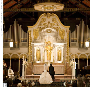 Ann Marie and William were married at the Cathedral Basilica of St. Augustine and recited traditional vows.