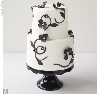 Florals don't look fussy in black and white. Instead, these black fondant flowers create a lovely graphic effect when paired with a pristine cake.