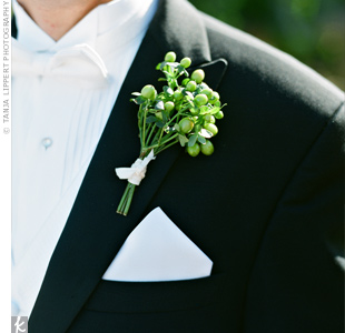 Hypericum berries added down-to-earth appeal to Benjamin's formal tux.