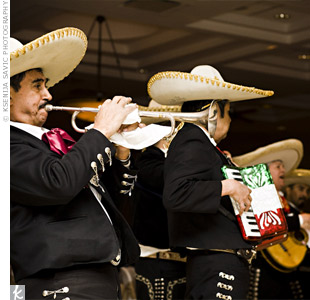 It was Vinces idea to book a mariachi band. The group arrived at the start of dinner and performed over the course of the meal, taking requests and having fun with the guests.