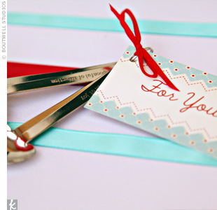 Guests went home with heart-shaped measuring spoons as favors, in keeping with the housewife theme.