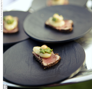 Appetizers of seared tuna, topped with white bean and herb sauce, were passed around the reception.