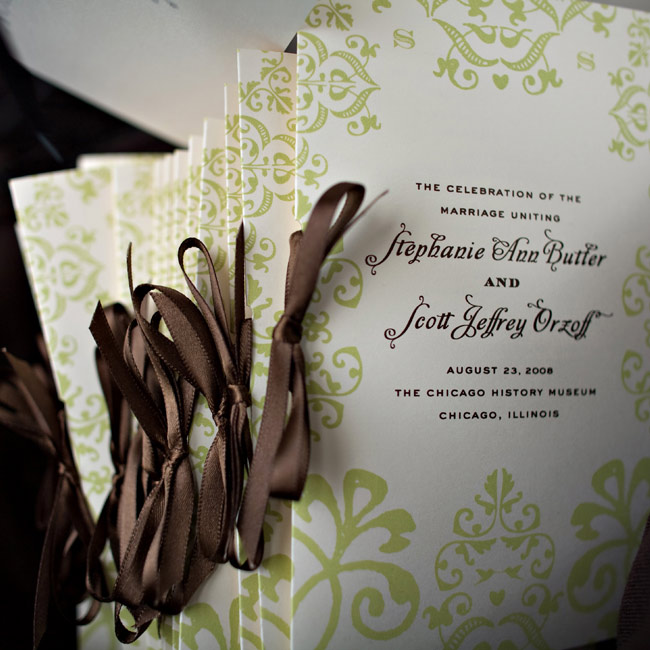 Booklet programs printed in green ink and tied with ribbon explained the outdoor ceremony.