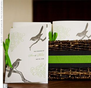 The ceremony programs reflected the woodsy elegance theme with a black-and-white bird motif, an elegant green scroll design and green grosgrain ribbon.