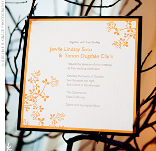 A pale-orange design of branches and berries decorated opposite corners of the square invitation, alluding to the branch decor that would fill the wedding.
