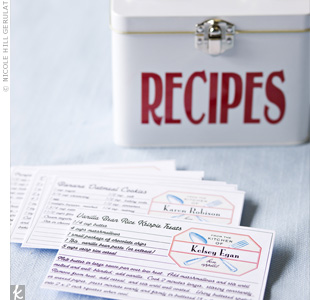 The favors were super-personal: Kelsey and Robby filled vintage-style tins with their families' favorite recipes. They ordered the tins online, added big, red, vinyl letters to the front of each, and printed the recipe cards themselves.