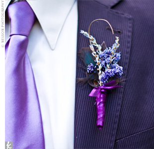 Sara made boutonnieres out of dried flowers and feathers for Matthew and his groomsmen. The ribbon brought in another shade of the same hue to tie in the bouts with the bouquets.