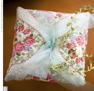 Bree and her cousin made a little ring pillow out of a vintage handkerchief and some chiffon ribbon. It fit right in with the other homespun details.
