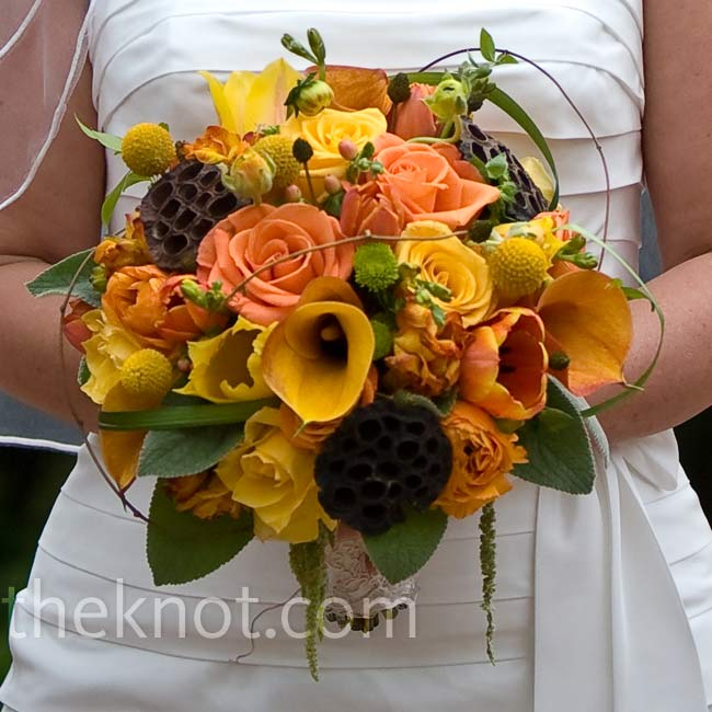 Cori carried a European-style bouquet with sunset and Tropicana roses, yellow Billy buttons, orange freesia, tulips, Yoko Ono poms, calla lilies, and hanging amaranthus.