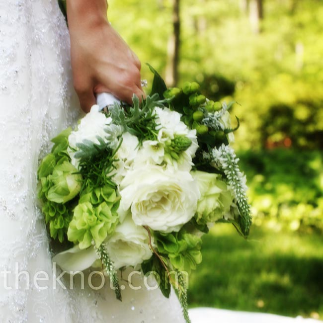 Kristi carried a bouquet of luscious white garden roses and bells of Ireland.