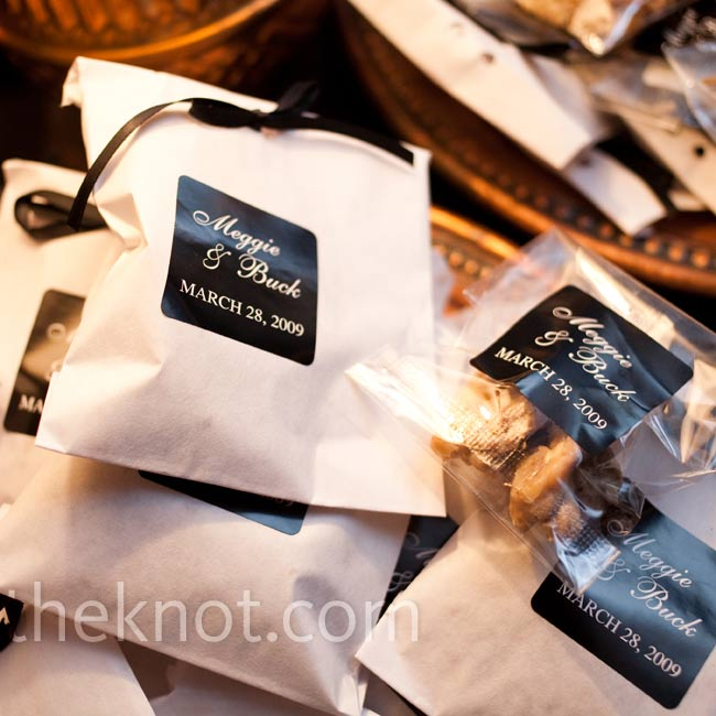 The aroma of fresh pralines tempted guests as the chef made them right on site! The treats were packaged in black-and-white monogrammed bags and tied with black satin ribbons.